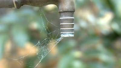 水不足 水ない 水道 タップ